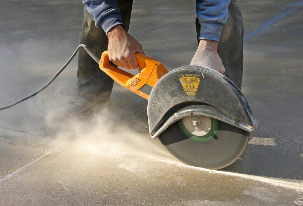 Алмазная резка бетона: преимущества и особенности метода